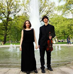 """Das Duo """"Nuova Classica"""" gibt am 19. Juni ein romantisches Konzert im Lübbener Neuhaus."""