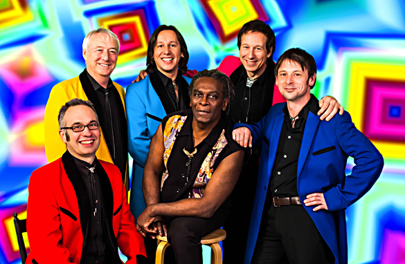 Zwei gestandene Bands der Musikgeschichte gastieren am 26. Juli in Wotschofska. Foto: Showaddywaddy - Dave Bertram / THE JIVE PARTNERSHIP