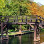 Holzbrücke im Spreewald